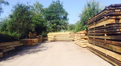 sunny-oak-pile